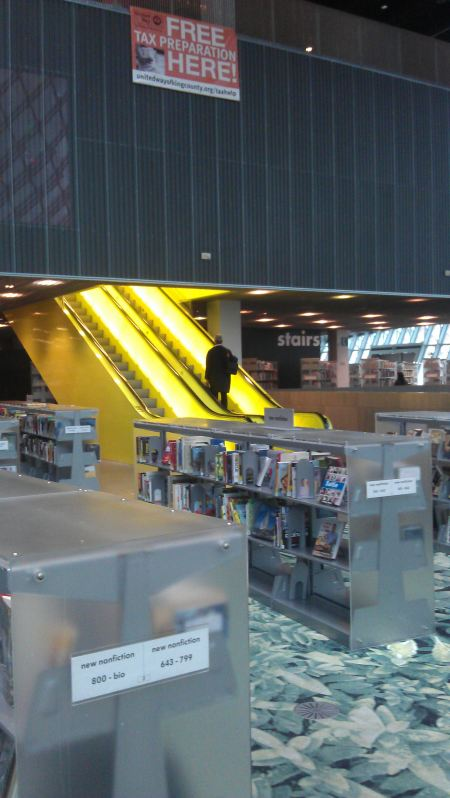 Fiction and magazines; escalator to the meeting rooms